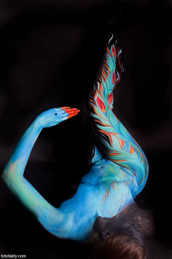 Красивый боди-арт с еффектом иллюзии Фото 8