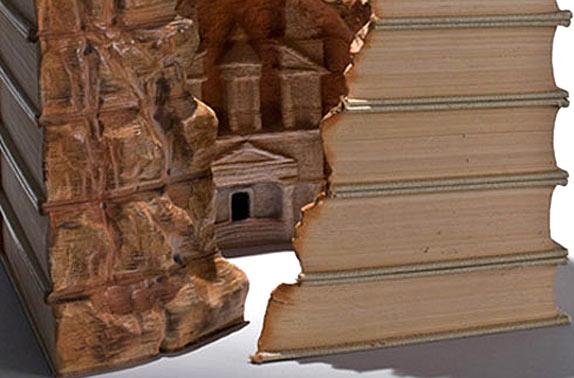 3D скульптуры из книг