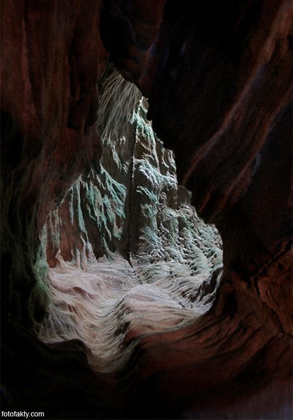 3D скульптуры из книг Фото 11
