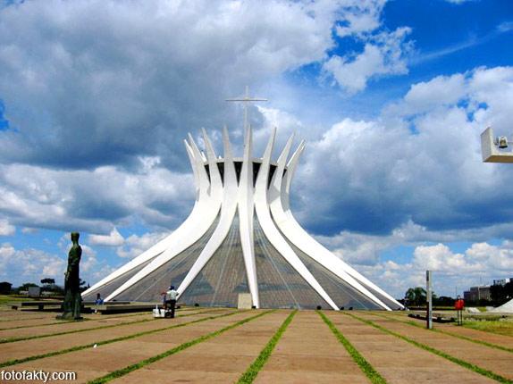 Самые необычные церкви мира Фото 29