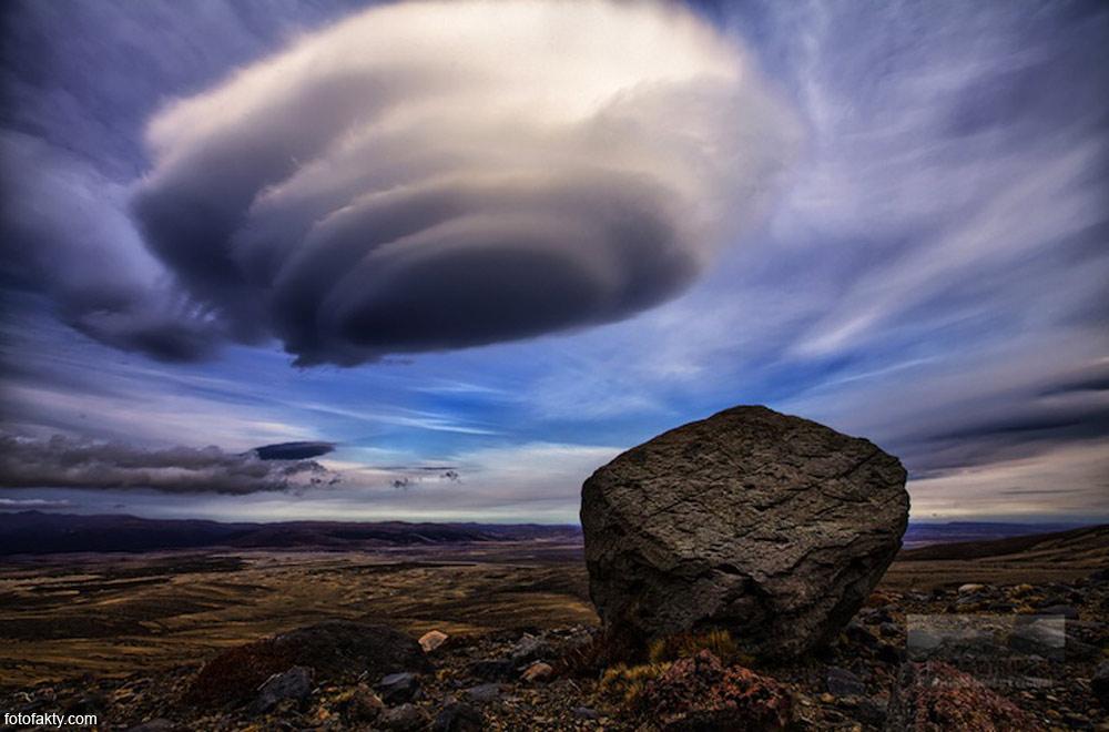 http://fotofakty.com/images/clouds/cloud11.jpg