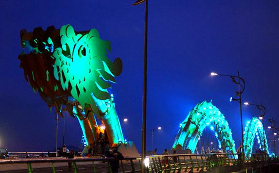 Мост дракона во Вьетнаме