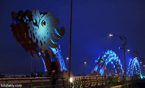 Мост дракона во Вьетнаме Фото 4