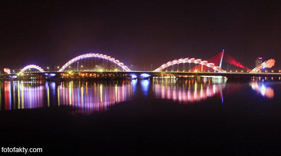 Мост дракона во Вьетнаме Фото 11
