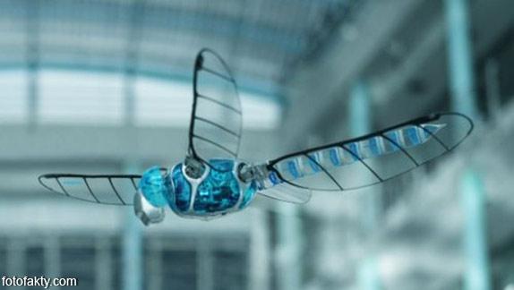 BionicOpter - реалистичный робот-стрекоза Фото 3