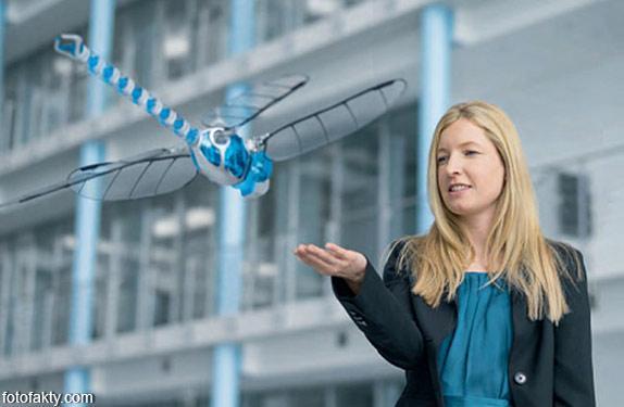 BionicOpter - реалистичный робот-стрекоза Фото 5