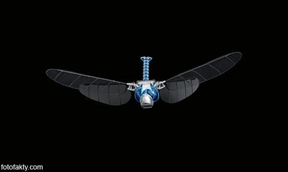 BionicOpter - реалистичный робот-стрекоза Фото 6
