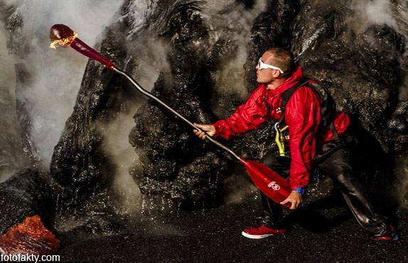 Прогулка на каяке среди раскаленной лавы Фото 1