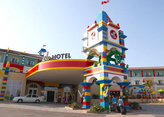 Lego отель