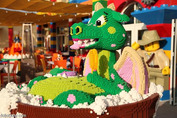 Первый в мире Lego отель Фото 3