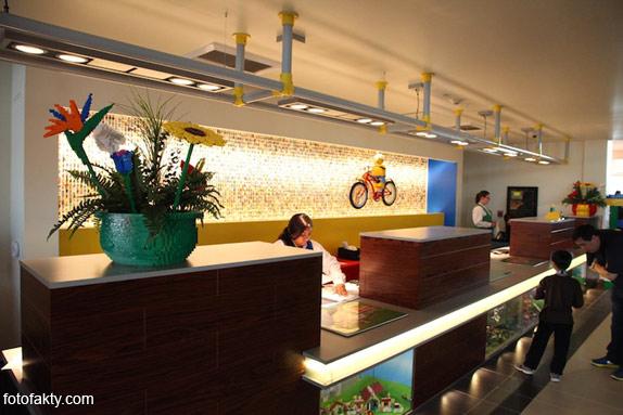 Первый в мире Lego отель Фото 7