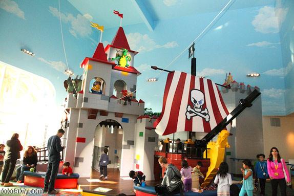 Первый в мире Lego отель Фото 9