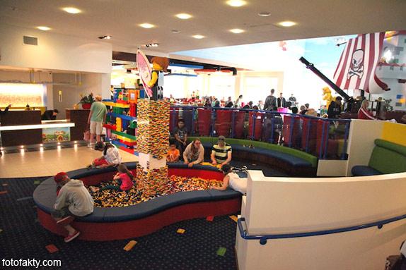 Первый в мире Lego отель Фото 12