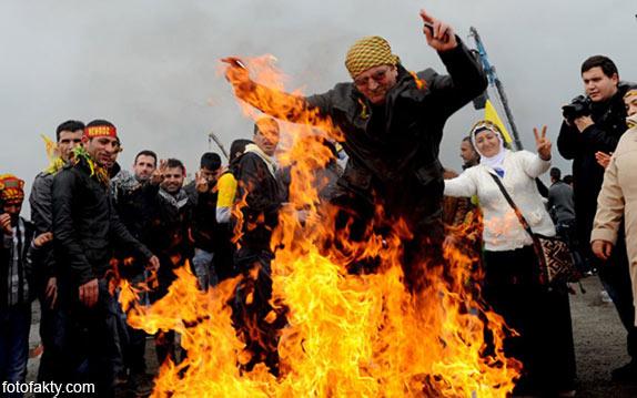 Средняя Азия празднует Нoвруз - Персидский новый год Фото 15