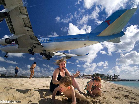 Экстремальные посадки самолетов на Махо Бич, Сен-Мартен Фото 2