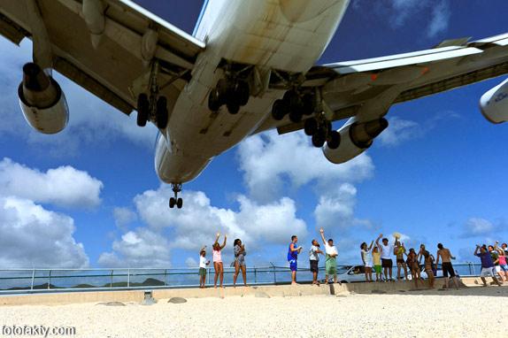 Экстремальные посадки самолетов на Махо Бич, Сен-Мартен Фото 3