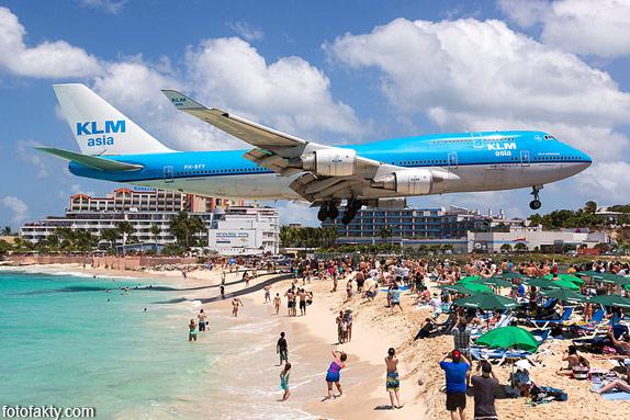 Экстремальные посадки самолетов на Махо Бич, Сен-Мартен Фото 9
