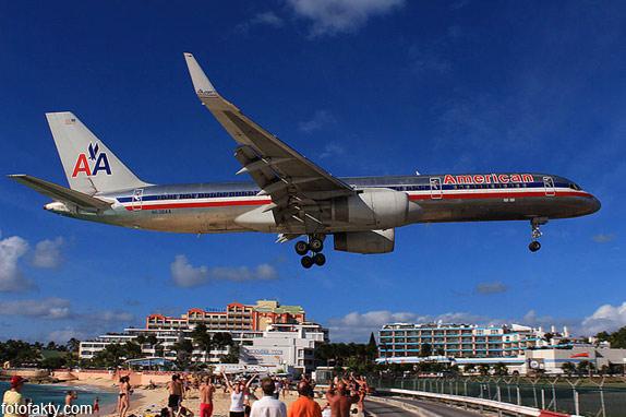 Экстремальные посадки самолетов на Махо Бич, Сен-Мартен Фото 14