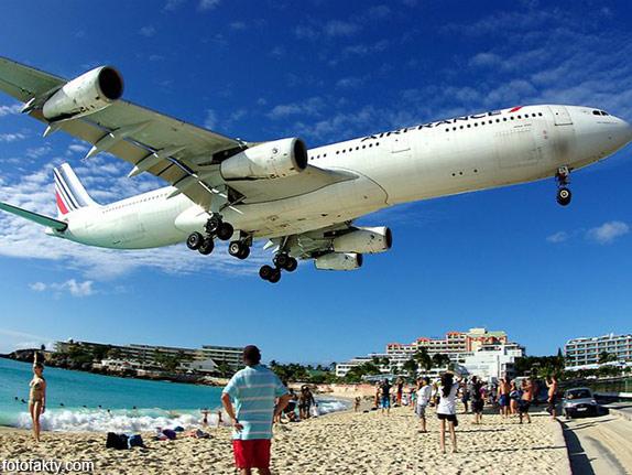 Экстремальные посадки самолетов на Махо Бич, Сен-Мартен Фото 15