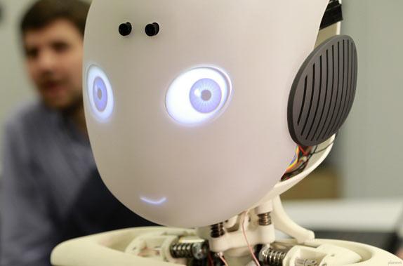 Робот-мальчик Roboy
