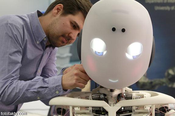 Робот-мальчик Roboy Фото 1