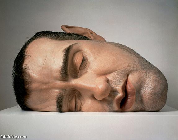 Гиперреалистичные скульптуры Рона Мьюека Фото 4