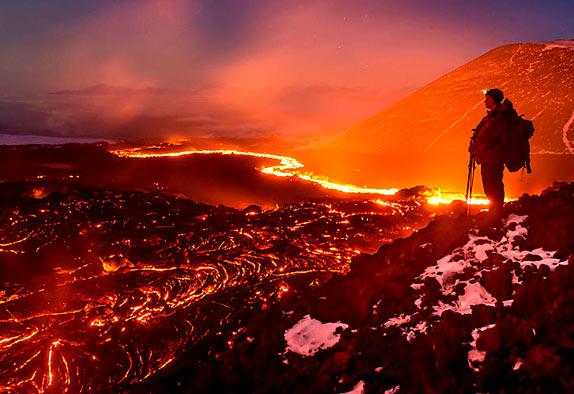 Потрясающие фотографии извержение вулкана Плоский Толбачик